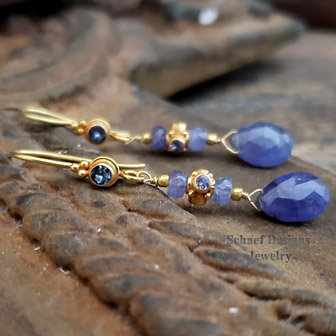 Schaef Designs 22kt Solid gold and Tanzanite teardrop briolette Dangle Earrings | New Mexico