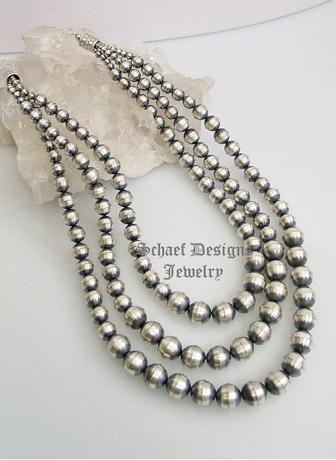 schaef designs medium graduated 3 strand navajo pearl