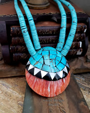 Native American Santa Domingo Shell Necklace | New Mexico